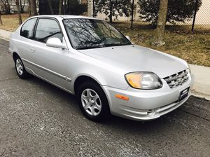 Only 100k miles ! GReat on Gas ! 2003 Hyundai Accent for Sale in Bethesda, MD