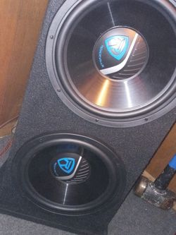 Speakers And Amp for Sale in Circleville,  OH