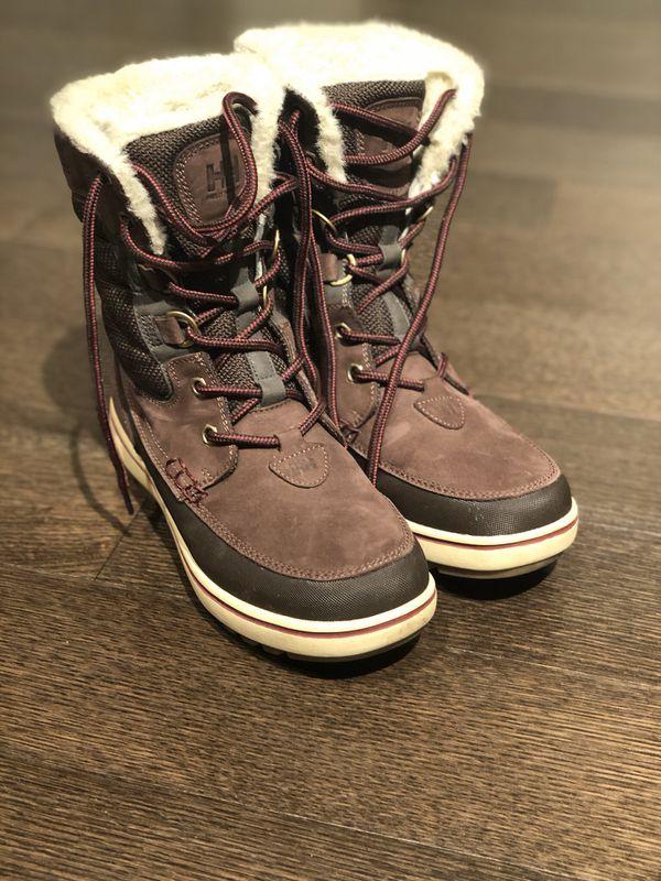 Helly Hansen snow boots