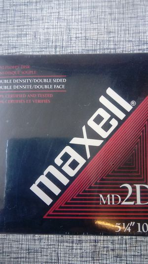 Maxell mini floppy disk box for Sale in Newport Beach, CA