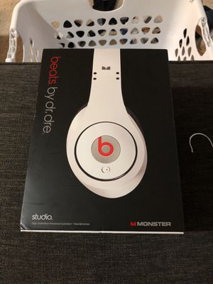 Beats by Dre first generation Studio Mint condition for Sale in Los Angeles, CA