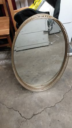 Vintage golden oval mirror for Sale in CRYSTAL CITY,  CA