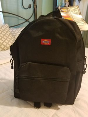 Backpack color black new for Sale in Dallas, TX