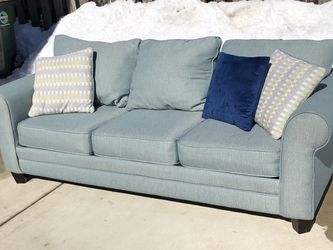 FREE DELIVERY Nice Sofa Couch with Sleeper for Sale in Park Ridge,  IL