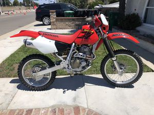 2003 XR400R Show room mint condition two hours for Sale in Huntington Beach, CA