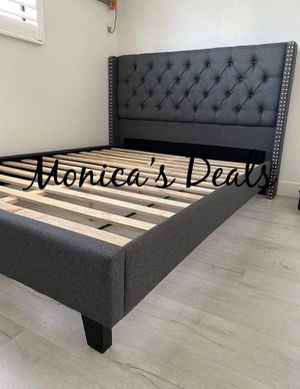 Queen grey blue bed frame $200 for Sale in Paramount, CA