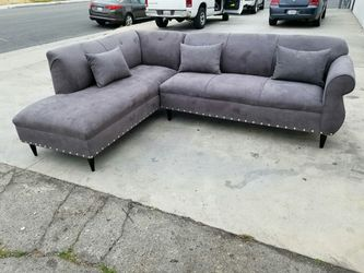 NEW 7X9FT CHARCOAL MICROFIBER SECTIONAL CHAISE for Sale in Imperial Beach,  CA