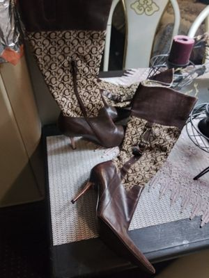 """Gucci boots """"6 for Sale in Fresno, CA"""
