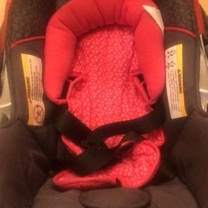 Hello Kitty Infant Car Seat Like New for Sale in Columbus, OH