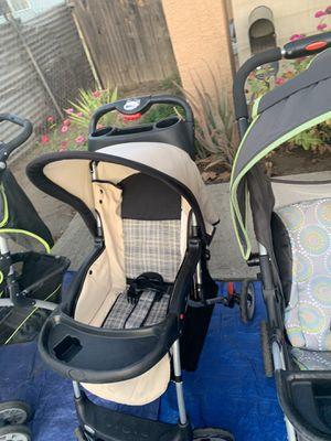 Stroller for Sale in Fresno, CA