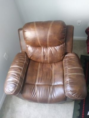 Recliners for Sale in Lewis Center, OH