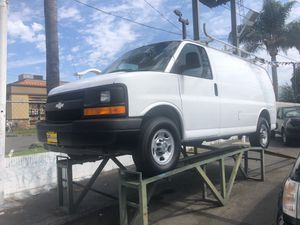2010 Chevy Express 2500 cargo van for Sale in Santa Ana, CA