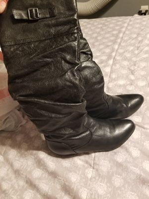 Womans Boots Size 5.5 for Sale in Fresno, CA