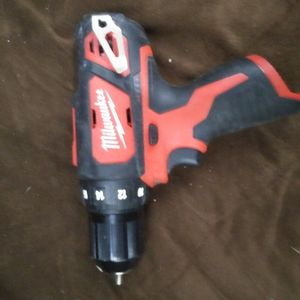 Milwaukee 12v drill driver for Sale in Dallas, TX