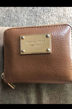 Michael Kors small wallet for Sale in Anaheim, CA