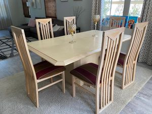 Dining table with 6 chairs for Sale in Irvine, CA