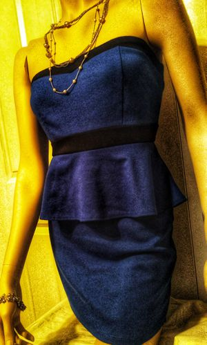 Deb strapless form fitted stretch dress with a slight peplum designed waste, size medium for Sale in Warrensville Heights, OH