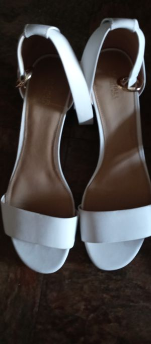 Michael Kors White Strappy Sandals with 2 in Heel for Sale in Jacksonville, FL