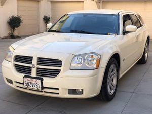 2005 Dodge Magnum for Sale in Hayward, CA