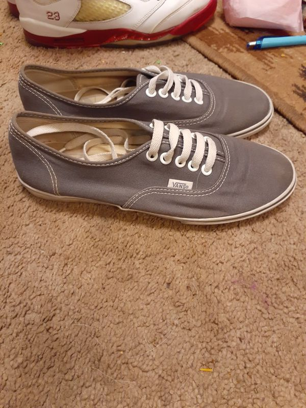 Gray Van's size 6.5 in mens and a 8 in womens
