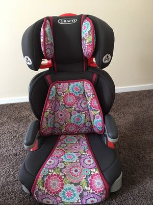 car seat for Sale in Whitehall, OH