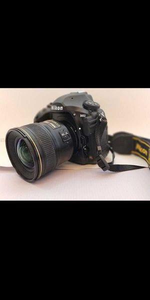 Nikon camera for Sale in Cocoa Beach, FL