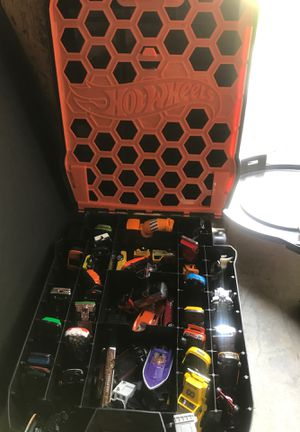 Mixed small toy cars and plastic carrier case for Sale in La Mirada, CA