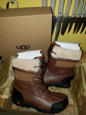 Unisex Ugg Boots size 6 boys 8 girls for Sale in Queens, NY