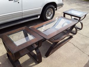1 coffee table 2 in tables for Sale in Dallas, TX