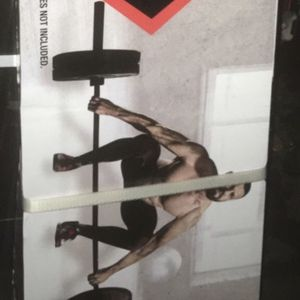 Weights 7ft Olympic 3-piece weightlifting bar (bar only) for Sale in Covina, CA