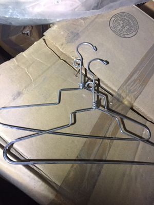 "13"" chrome heavy duty hanger with suversble hook over 150 available for Sale in Huntington Park, CA"