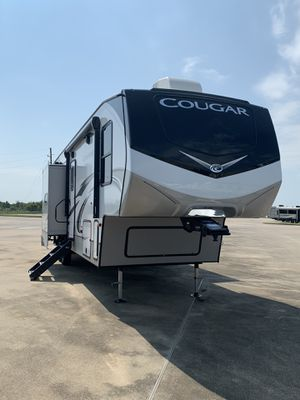 Cougar Keystone FW for Sale in Katy, TX