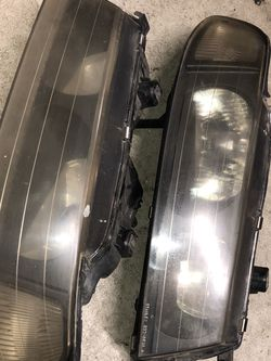 Jdm One Piece Oem Headlights for Sale in Escondido,  CA