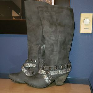 Short heeled boots for Sale in Kirkland, WA