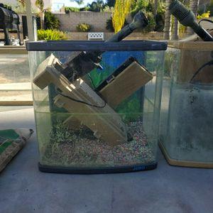2 -->10 Gallon Fish Tanks for Sale in Colton, CA