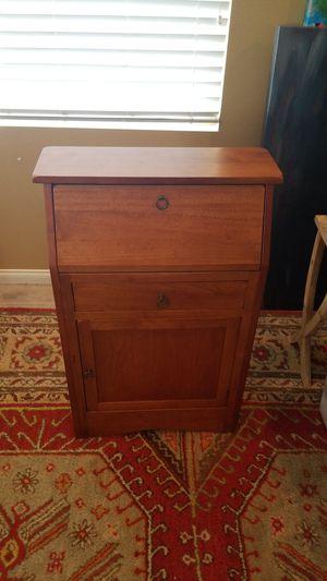 Antique style secretary desk for Sale in Lake Elsinore, CA