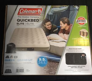 BRAND NEW QUEEN SIZE AIR MATTRESS WITH BUILT IN AIR PUMP! for Sale in Florence, SC
