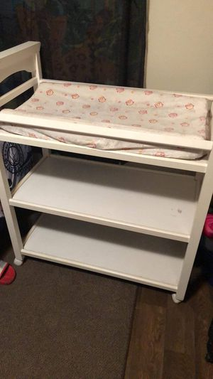 Baby swing and baby changing table for Sale in Dunn, NC