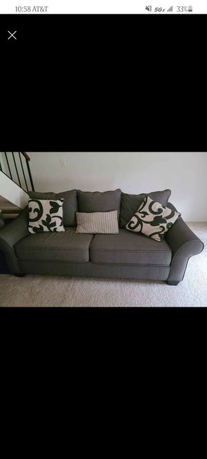 Like new Sofa bed for Sale in COCKYSVIL, MD