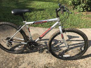 Road master mountain bike for Sale in Mableton, GA