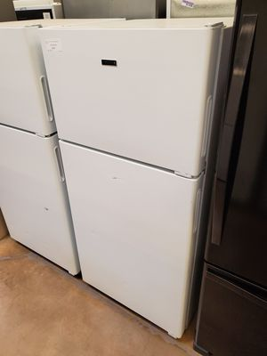 Hotpoint Top Freezer Refrigerator for Sale in Whittier, CA
