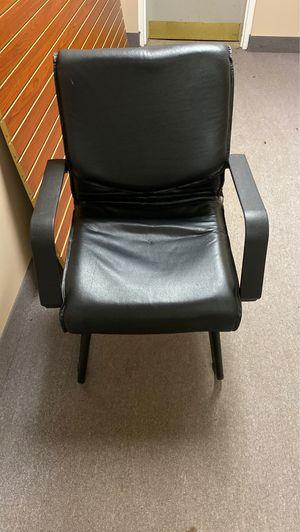 Office chair for Sale in Atlanta, GA