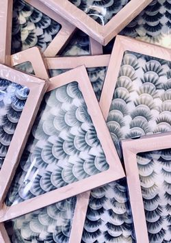 False Eyelashes for Sale in Chula Vista,  CA