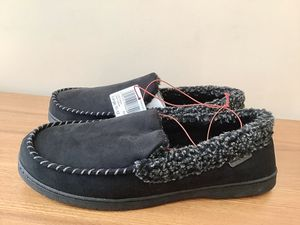 NEW Men's DEARFOAMS Memory Foam Slippers Indoor/Outdoor Large Size 11-12 for Sale in Alpharetta, GA