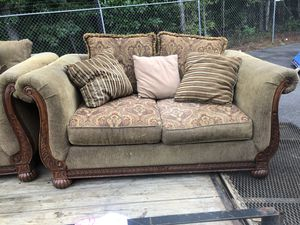 Couch and loveseat for Sale in Ludowici, GA