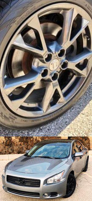 $1200 Nissan Maxima for Sale in Atlanta, GA