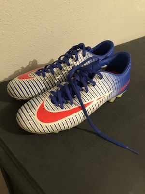 7.5: Nike Mercurial Victory VI FG women's soccer shoe for Sale in Denver, CO