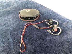 Excellent Power Beats 2 Bluetooth Headphones for Sale in Herriman, UT