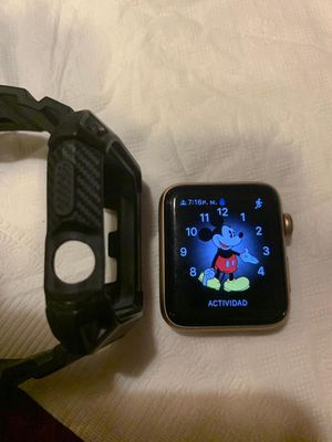 Series 3 Apple Watch offer oferta lo bendo nuevo solo lo use 3 veses for Sale in York, PA