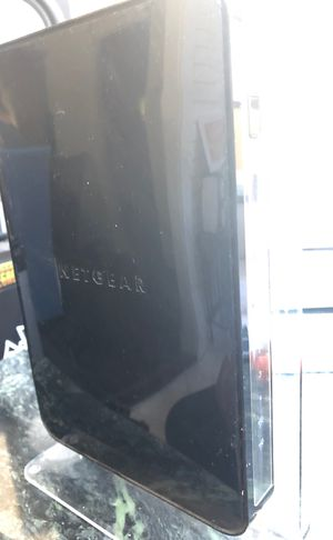 NETGEAR duel-band wireless router n900 for Sale in Alhambra, CA